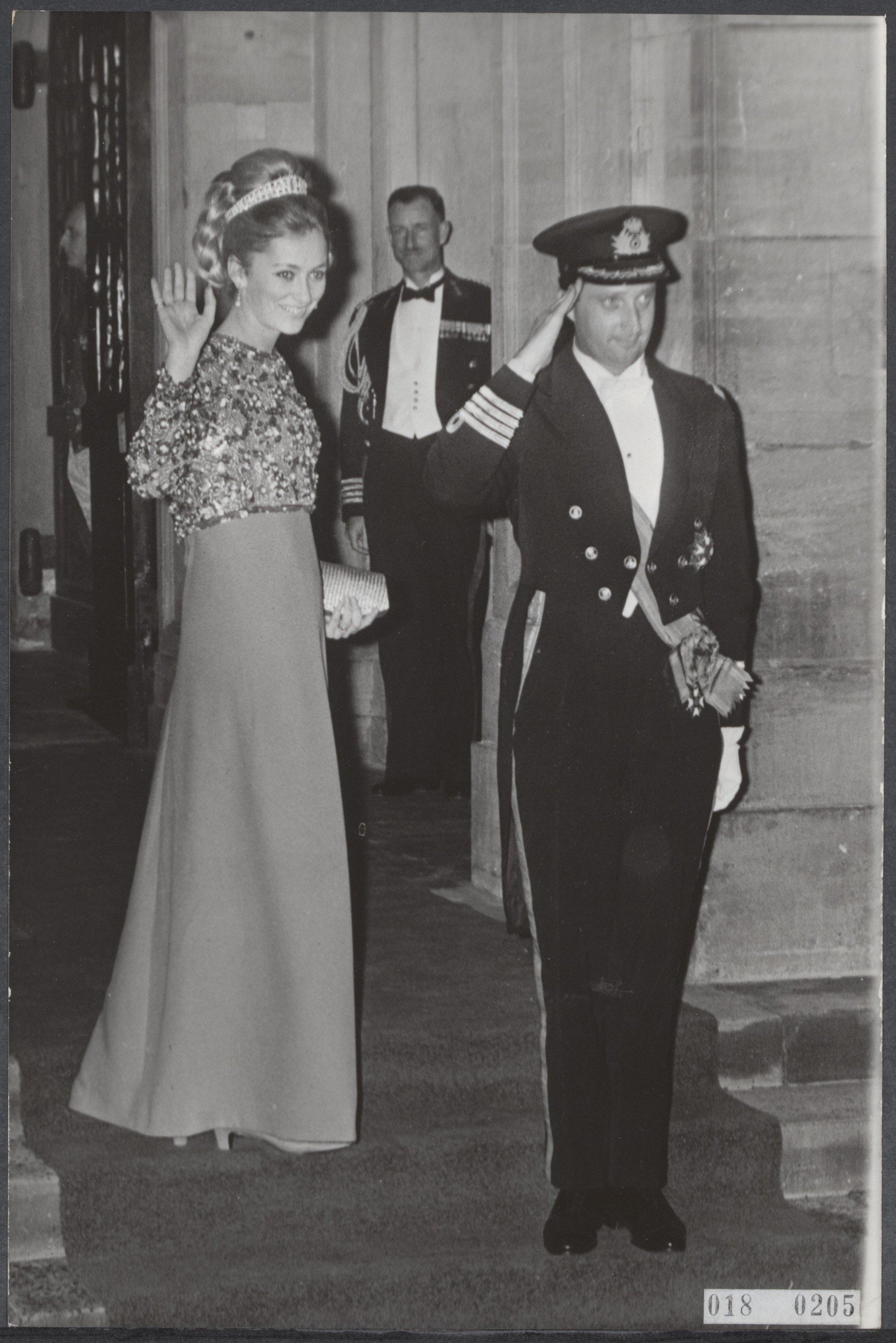 Sie lachen die Krisengerüchte weg: Paola und Albert im Jahr 1966   Foto: Eric Koch, National Archieves of the Netherlands,Fotocollectie Elsevier, Public Domain