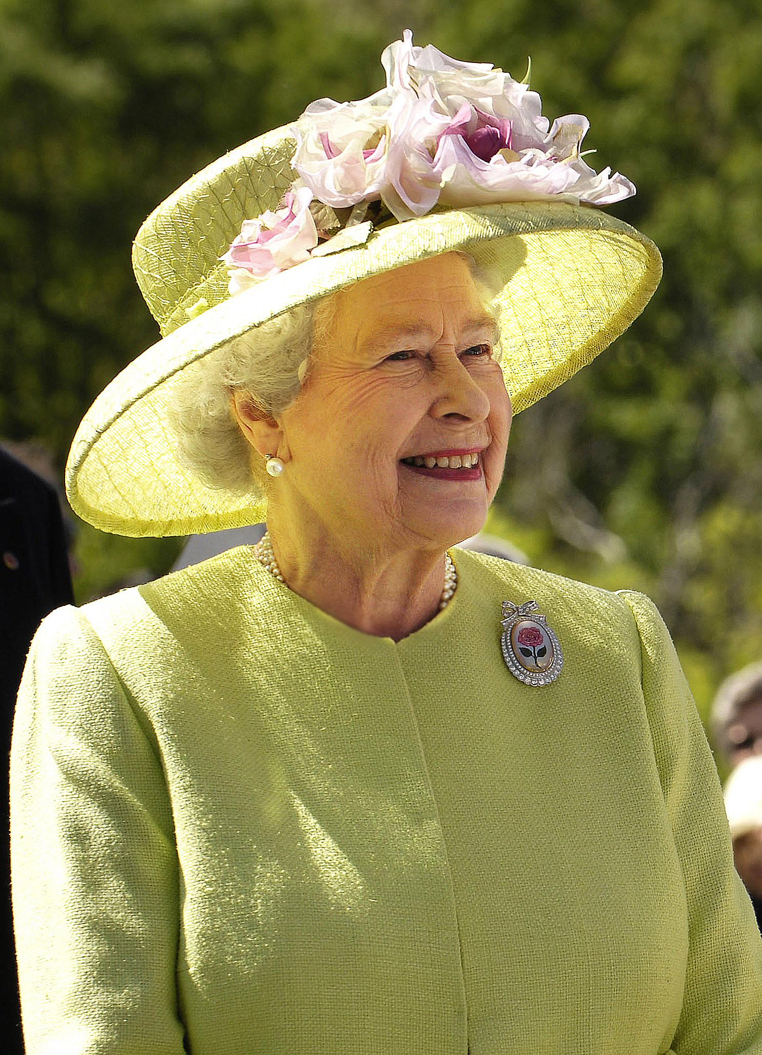 Queen Elizabeth könnte bald sogar einen Weltrekord aufstellen   Foto: NASA/Bill Ingalls , Public Domain