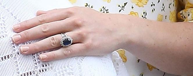 Stein des Anstoßes ist auch Kates teurer Schmuck   Foto: Getty Images