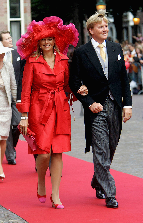 Noch vor Jahren galt die Kombination von Rot und Pink als Modesünde. Maxima hält sich modisch aber ohnehin nicht an Regeln.   Foto: Getty Images
