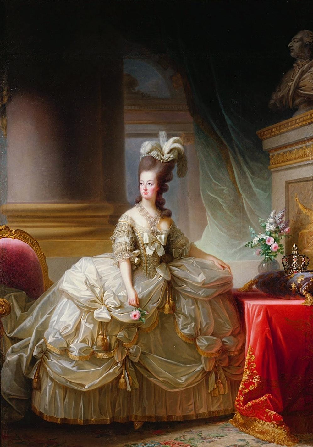 1778: Die Königin inszeniert sich gern pompös, schwelgt im Luxus   Foto: Gemeinfrei
