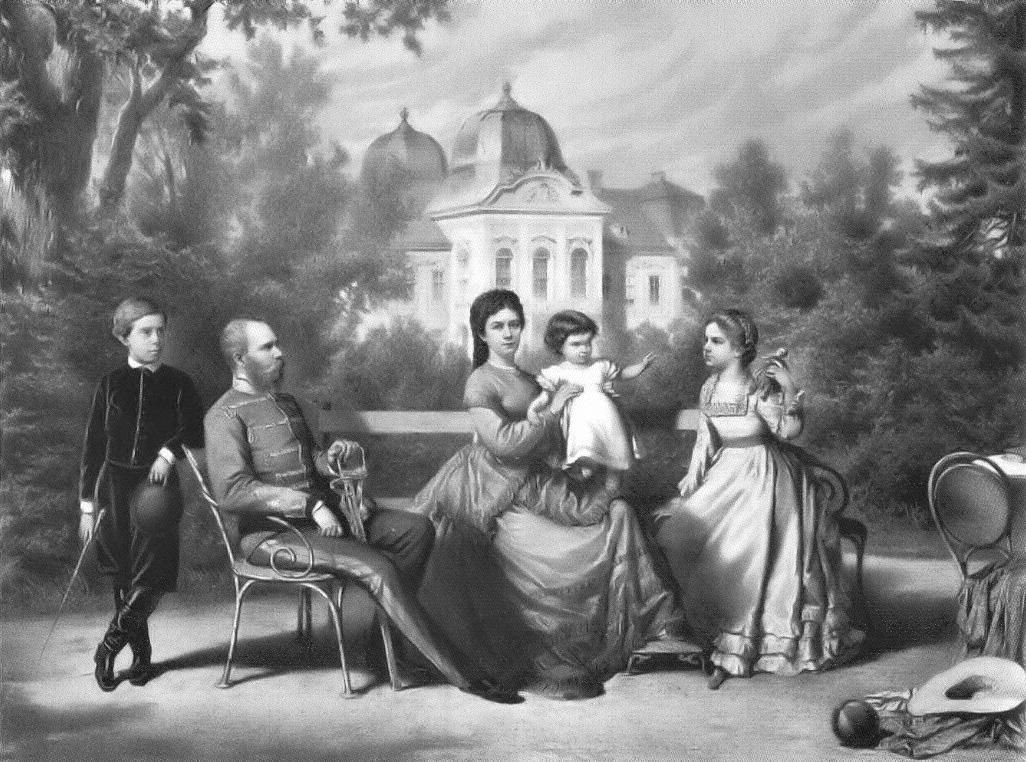 Kaiserin Sisi mit ihrem Ehemann Kaiser Franz Joseph, Sohn Rudolf (li.), den Töchtern Marie Valerie (r.) und Gisela  Foto: Public Domain