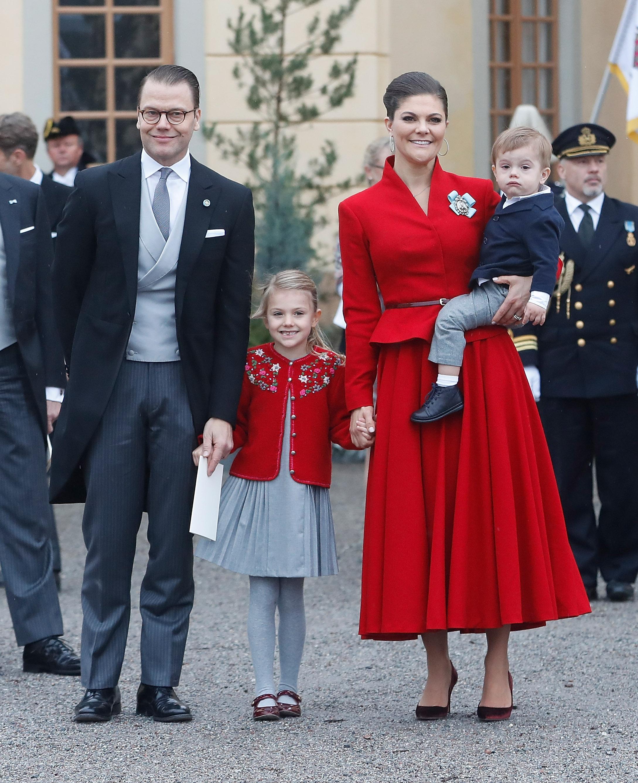 Ein richtige Bilderbuchfamilie: Kronprinzessin Estelle mit Mann Daniel und den Kindern Estelle und Oscar   Foto: Getty Images