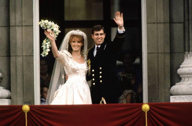 Am 23. Juli 1986 heiraten Prinz Andrew und Sarah Ferguson. Das Paar bekommt die Töchter Eugenie und Beatrice.    Foto:imago/Newscast