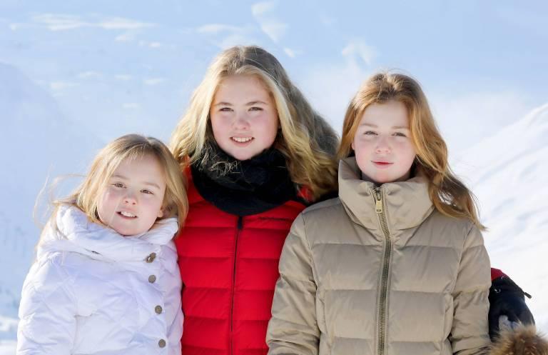 Prinzessin Ariane, Prinzessin Amalia und Prinzessin Alexia sind posieren für die Fotografen beim Fotocall in Lech.    Foto:imago/PPE