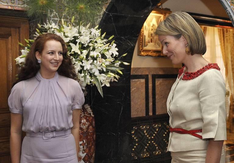 Lalla Salma bei einem Treffen mit Königin Mathilde. Noch vor einem Jahr war die Marokkanerin ständig auf Reisen.   Foto: imago/Reporters