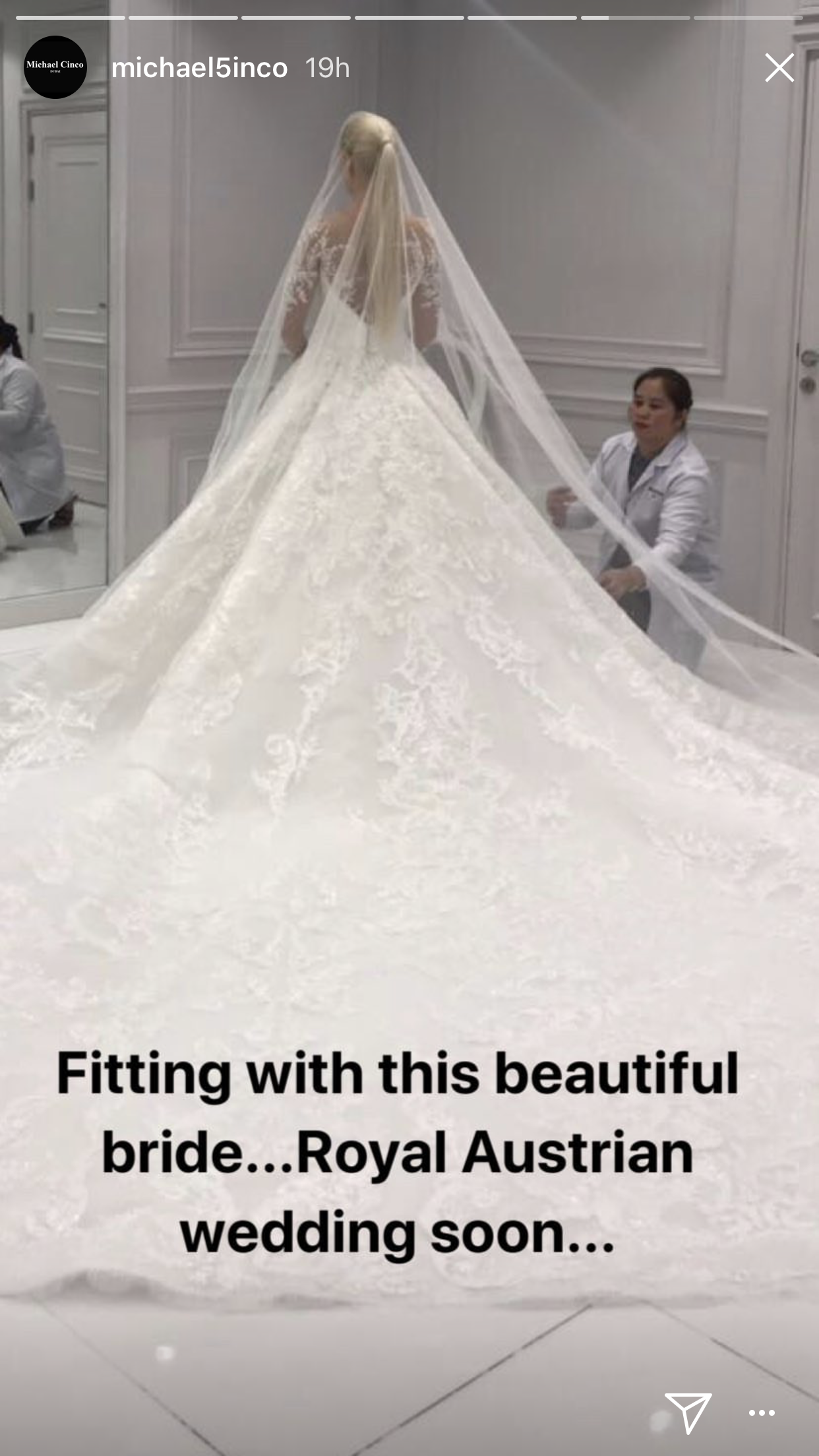 Das Brautkleid der Adligen ist ein wahr gewordener Mädchentraum.   Foto:instagram.com/michael5inco/