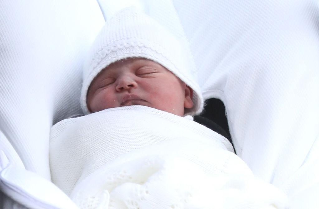 Der kleine Prinz träumte seelenruhig vor sich hin.   Foto: Getty Images