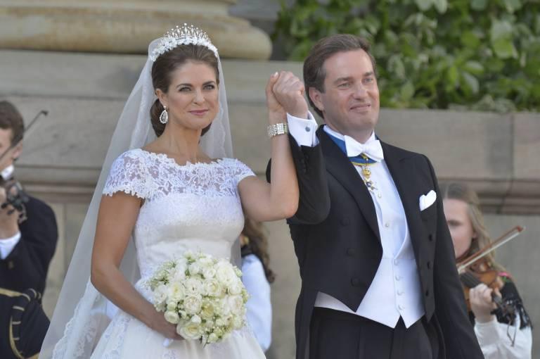 Die Schwedin trug eine Robe von Valentino aus Seidenorganza und elfenbeinfarbener Chantilly-Spitze.  ©imago/Kamerapress