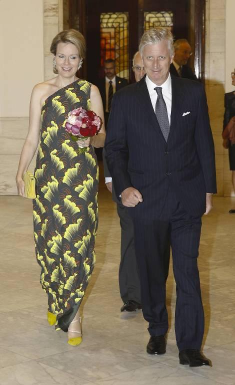 Mathilde trägt ein Kleid des belgischen Designers Dries van Noten  Foto:imago/Belga