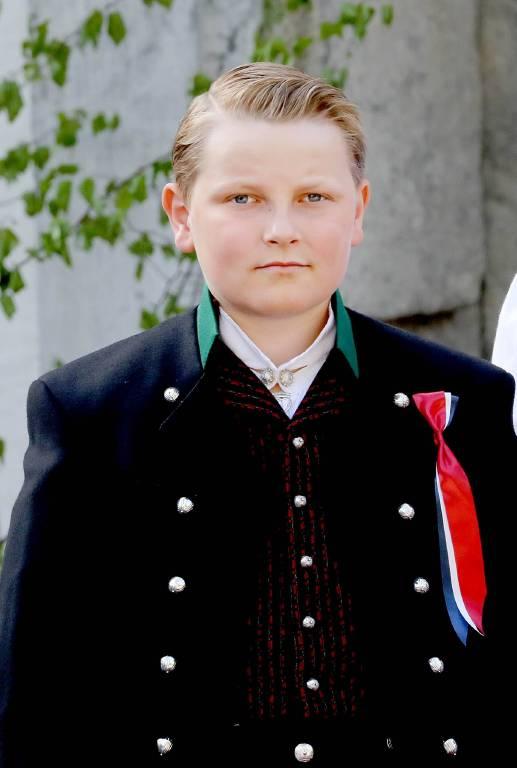 Die blonden Haare hatte Prinz Sverre Magnus zu einer coolen Gelfrisur gekämt.  ©imago/PPE
