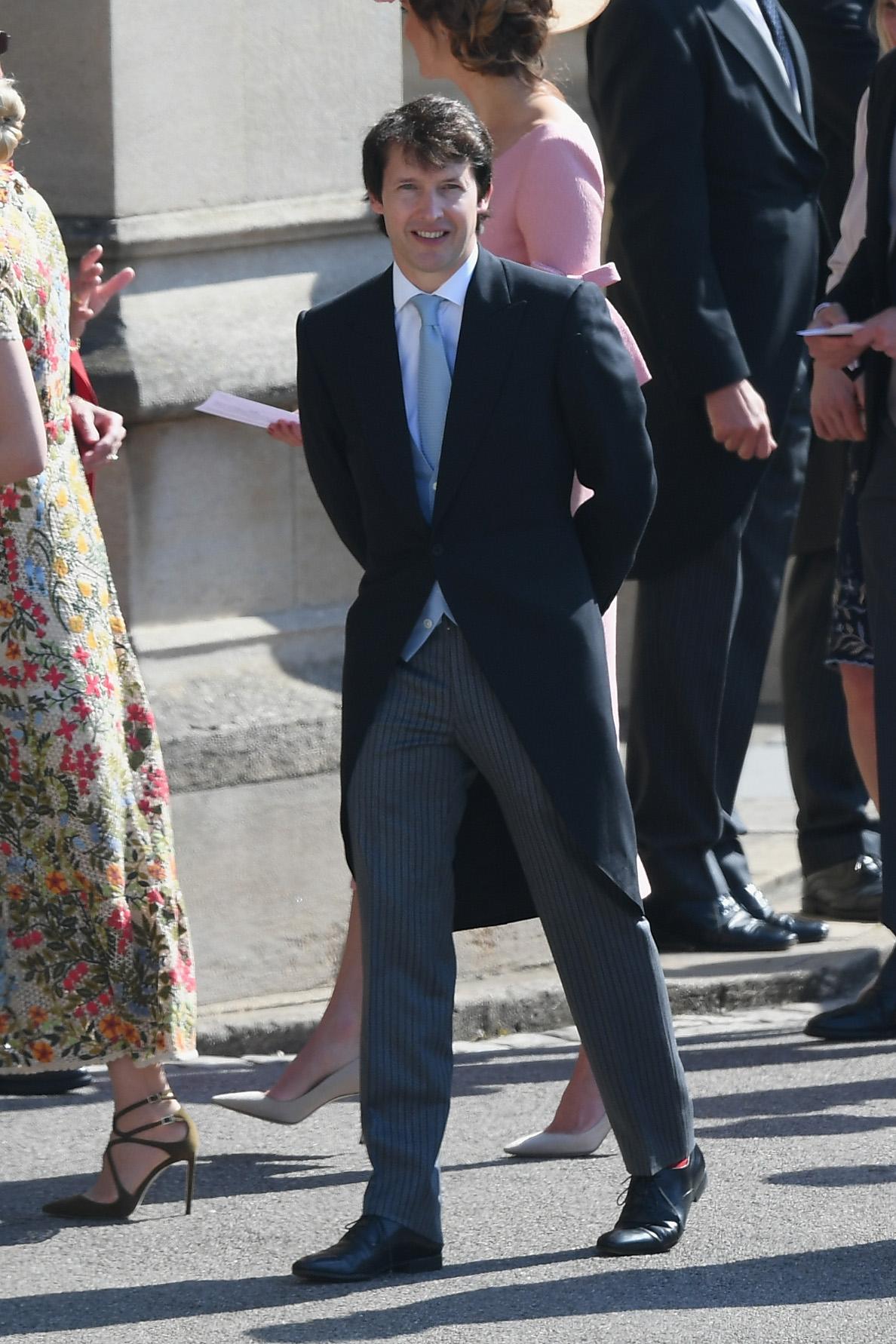 Hitkünstler James Blunt wurde vor der Kapelle gesichtet.  ©Getty Images