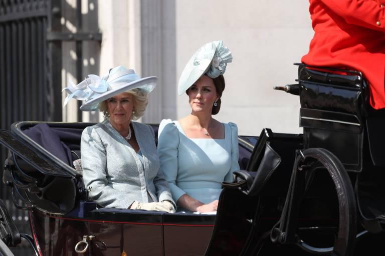 Sie verstehen sich gut: Herzogin Camilla und Herzogin Kate.  ©imago/i Images