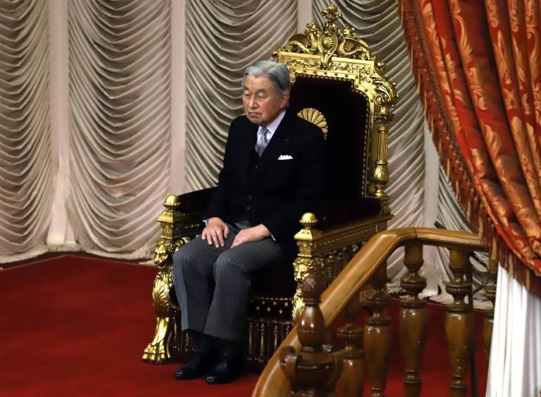 """Es ist das erste Mal seit über 200 Jahren, dass ein Tenn? sein Amt frühzeitig niederlegt. Kaiser Akihito ist aber schon länger """"amtsmüde"""" und fühlt sich seiner Aufgabe nicht mehr gewachsen.  ©imago/AFLO"""
