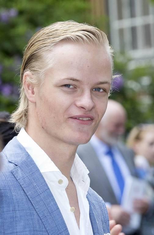Marius Borg Høiby will sein Liebesglück mit dem Model Juliane Snekkestad nicht länger verstecken.  ©imago/PPE
