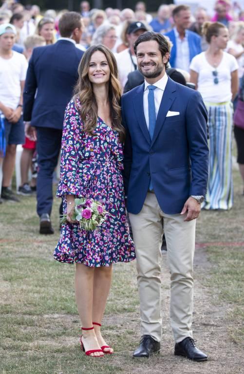 Prinzessin Sofia und Prinz Carl Philip reisten aus Schweden an, um Prinz Konstantin und Prinzessin Deniz zu gratulieren.  ©imago/PPE