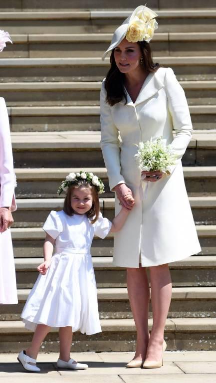 Obwohl man der Braut ja nicht die Show stehlen soll, kamen beide zur Hochzeit von Meghan und Harry in hellen Farben.  ©imago