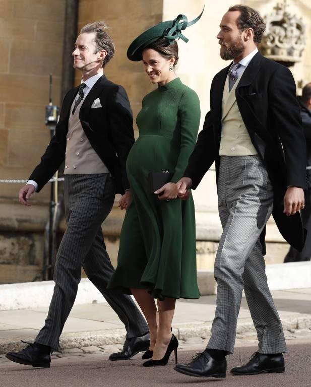 Obwohl Pippa Middleton kurz vor der Geburt steht, kam sie zum Jawort von Eugenie und Jack.  ©imago