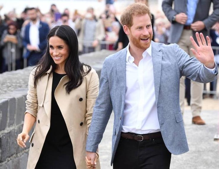 Herzogin Meghan und Prinz Harry bei ihrem Besuch im australischen Melbourne. Auch während ihres Staatsbesuchs werden sie immer wieder auf ihr Baby angesprochen.  ©imago/i Images