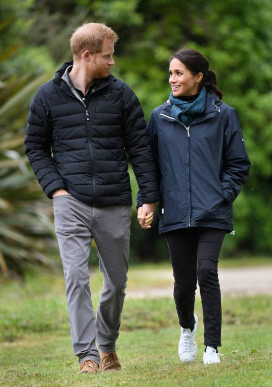 Prinz Harry und Herzogin Meghan im Abel Tasman National Park in Neuseeland.  ©imago/i Images