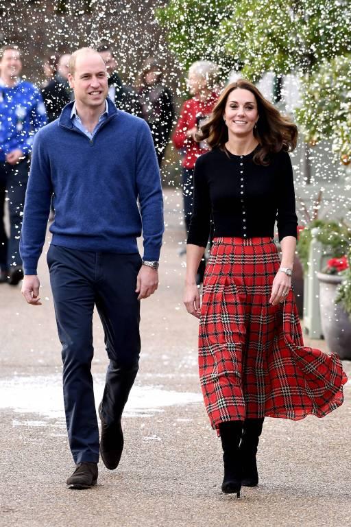 Prinz William und Herzogin Kate wurden von Kunstschnee überrascht.  ©imago