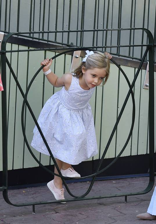Kleiner Wirbelwind: Prinzessin Leonore hat einen hohen Bewegungsdrang, den sie beim Ballett richtig ausleben kann.  ©imago