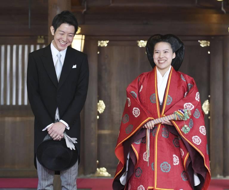Prinzessin Ayako trug für die Hochzeit die typische Frisur der Heian-Ära.  ©imago