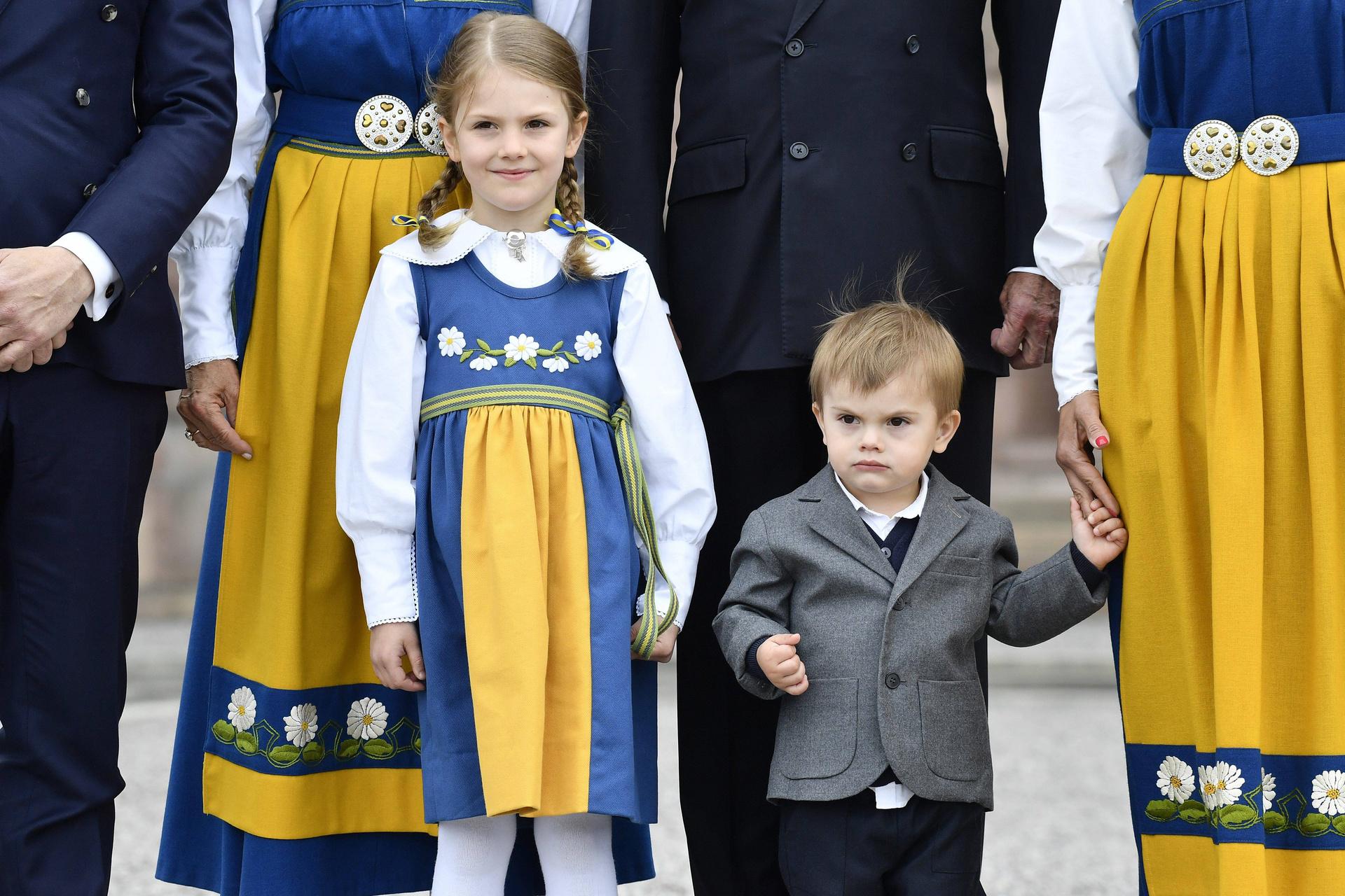 Ein neuer Prinz oder eine Prinzessin wird geboren, und die Welt jubelt! Königskinder sind Popstars - aber auch rund um die Uhr im Dienst für den Fortbestand von Monarchie und Macht.  ©ZDF/imago