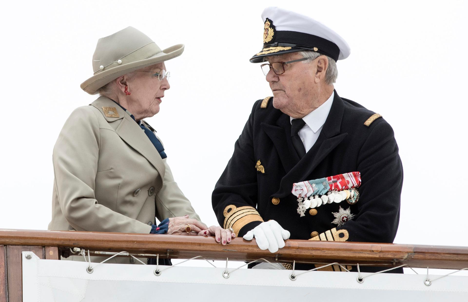 Eskapaden und ernste Gespräche - die dänische Königin Margrethe II. hatte mit Ehemann Prinz Henrik so einiges zu klären.  © ZDF/ap / ritzau / pedersen, mikkel b