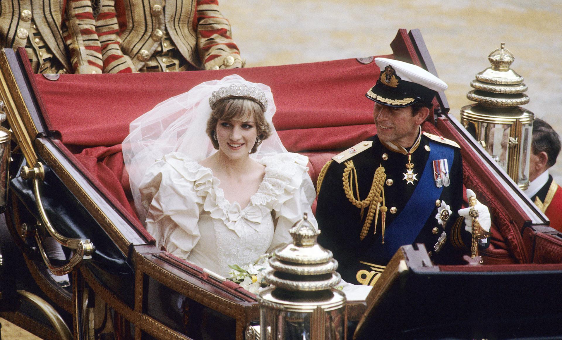 Als Diana 1981 Prinz Charles heiratet, ahnt sie, dass er eine andere liebt. Es ist ein Geheimnis mit großer Sprengkraft für die Monarchie.  © ZDF/Hussein, Anwar