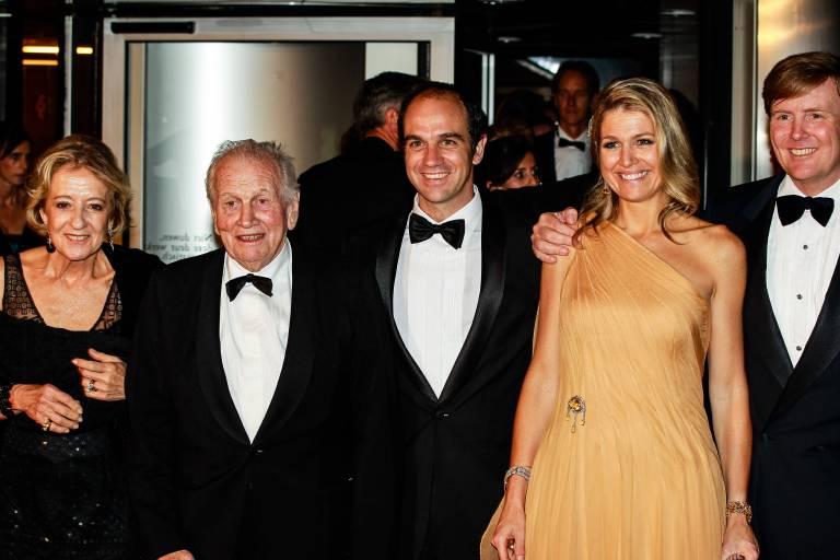 Maxima mit ihren Eltern Maria und Jorge Zorreguieta (†2017), ihrem Bruder Martin Zorreguieta sowie König Willem-Alexander im Jahr 2011.  ©imago/Hollandse Hoogte