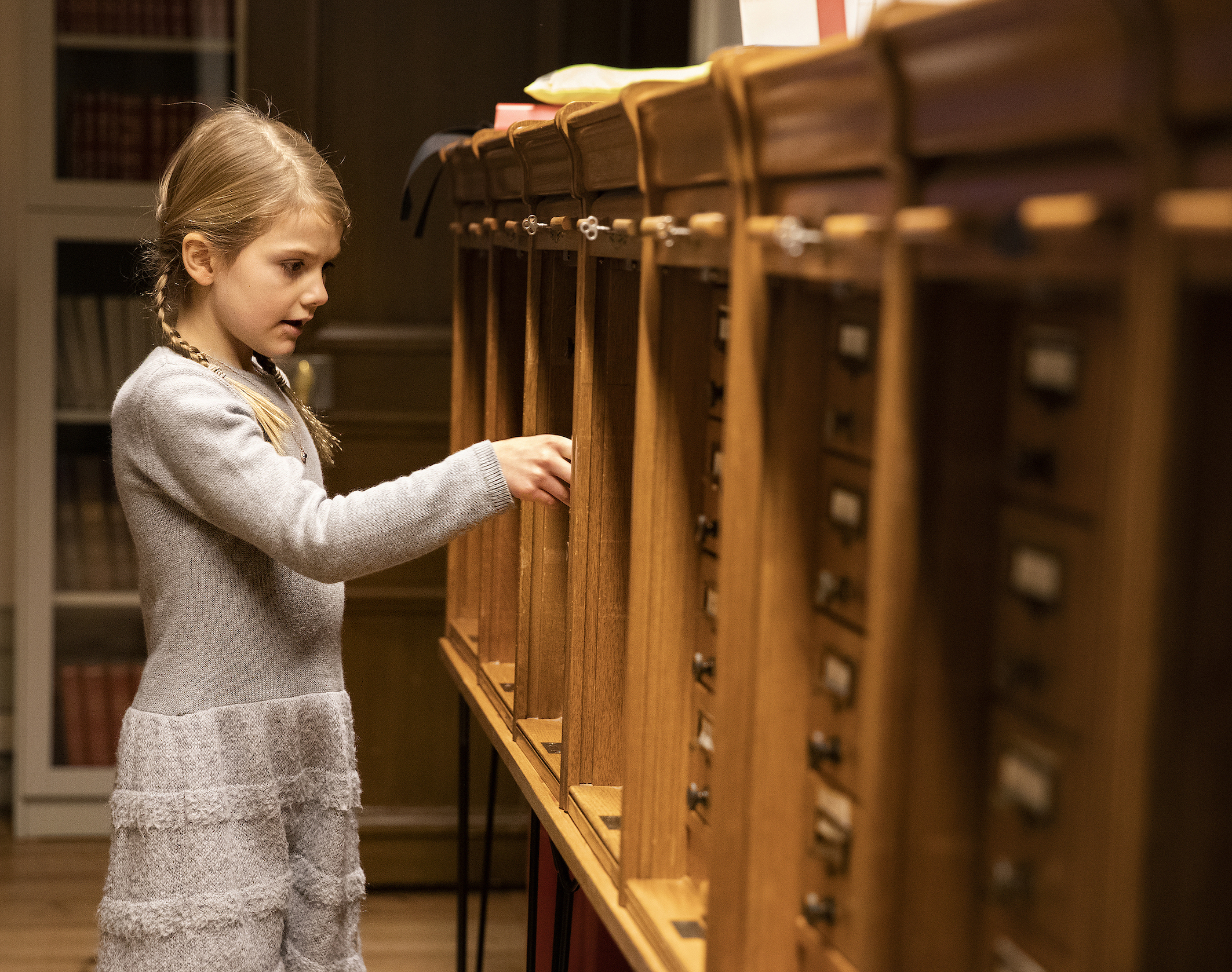 Estelle macht sich selbst auf die Suche.  ©Sara Friberg, Kungl. Royal Court