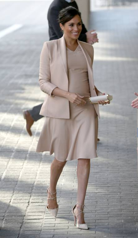 Elegant wie eine First Lady: Herzogin Meghan begeistert mit ihrem Outfit.  ©imago