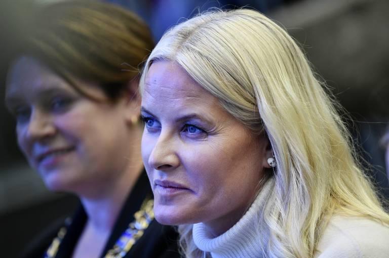 Kronprinzessin Mette-Marit ist schwer krank und hat sich deswegen aus der Öffentlichkeit zurückgezogen.  ©imago