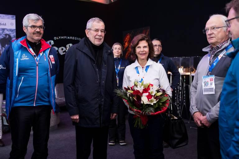 Die Pflicht ruft: auch an Estelles Geburtstag müssen Königin Silvia und König Carl Gustaf arbeiten. Sie sind als Ehrengäste bei der Ski-WM in Seefeld dabei. ©imago/GEPA pictures