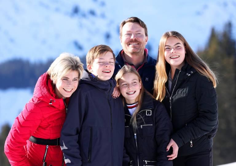 Prinzessin Laurentien und Prinz Constantijn mit ihren drei Kindern  Graf Claus-Casimir , Gräfin Leonore  und  Gräfin Eloise .  ©imago/PPE
