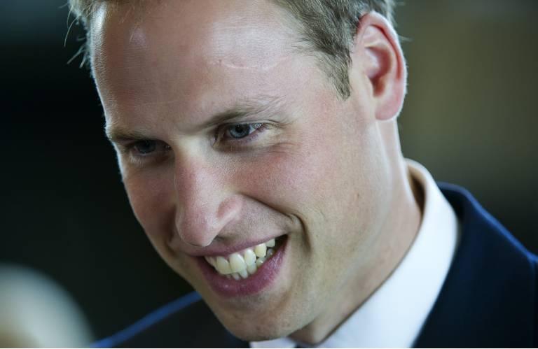 Auf seiner linke Schläfe hat Prinz William eine etwa sechs Zentimeter lange Narbe.  ©imago/ZUMA Press