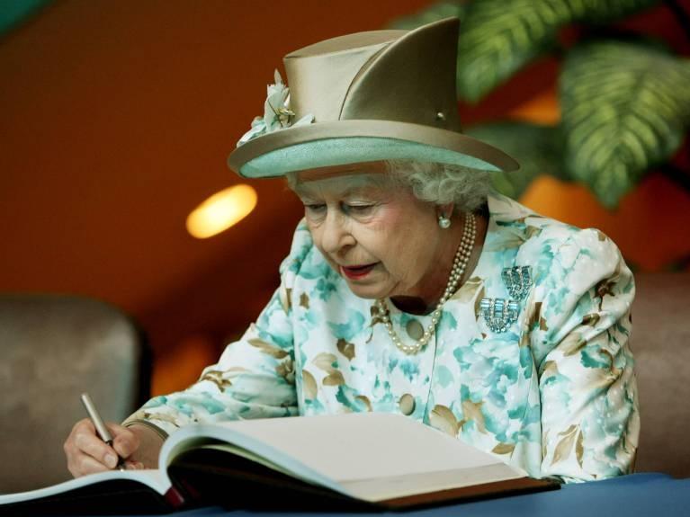 Queen Elizabeth bekommt etwa 200 bis 300 Briefe am Tag. ©imago/UPI Photo