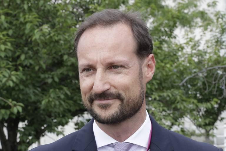 Kronprinz Haakon muss heute operiert werden und fällt deswegen bei einigen Terminen aus.  ©imago/ZUMA Press
