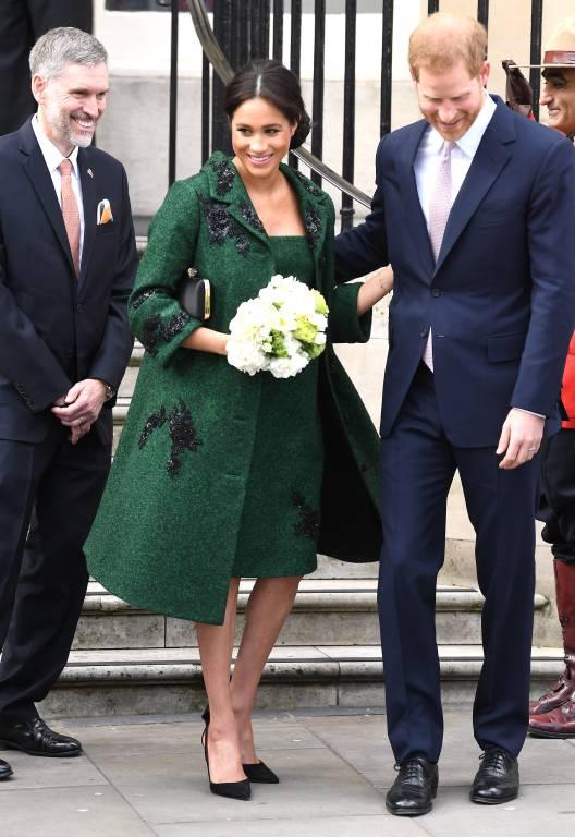 """Herzogin Meghan und Prinz Harry besuchten eine Gruppe Kanadier im """"Canada House"""".  © imago/PA Images"""