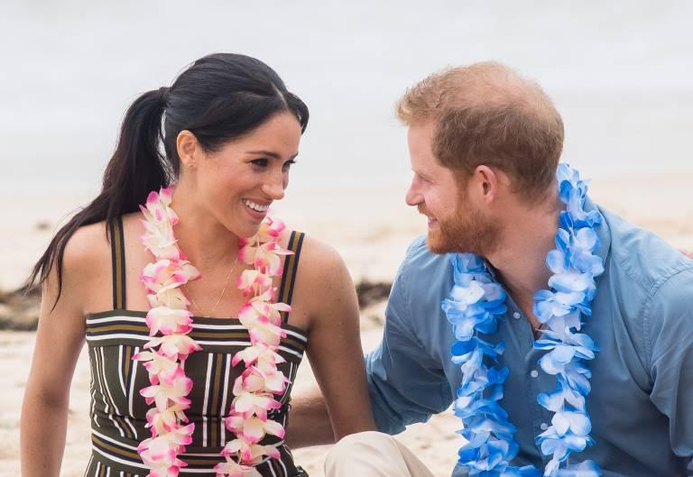 Die erste Auslandsreise von Herzogin Meghan und Prinz Harry wird ein Triumphzug. Auf der ganzen Welt freut man sich, über die Bilder von dem sympathischen Paar.  ©imago