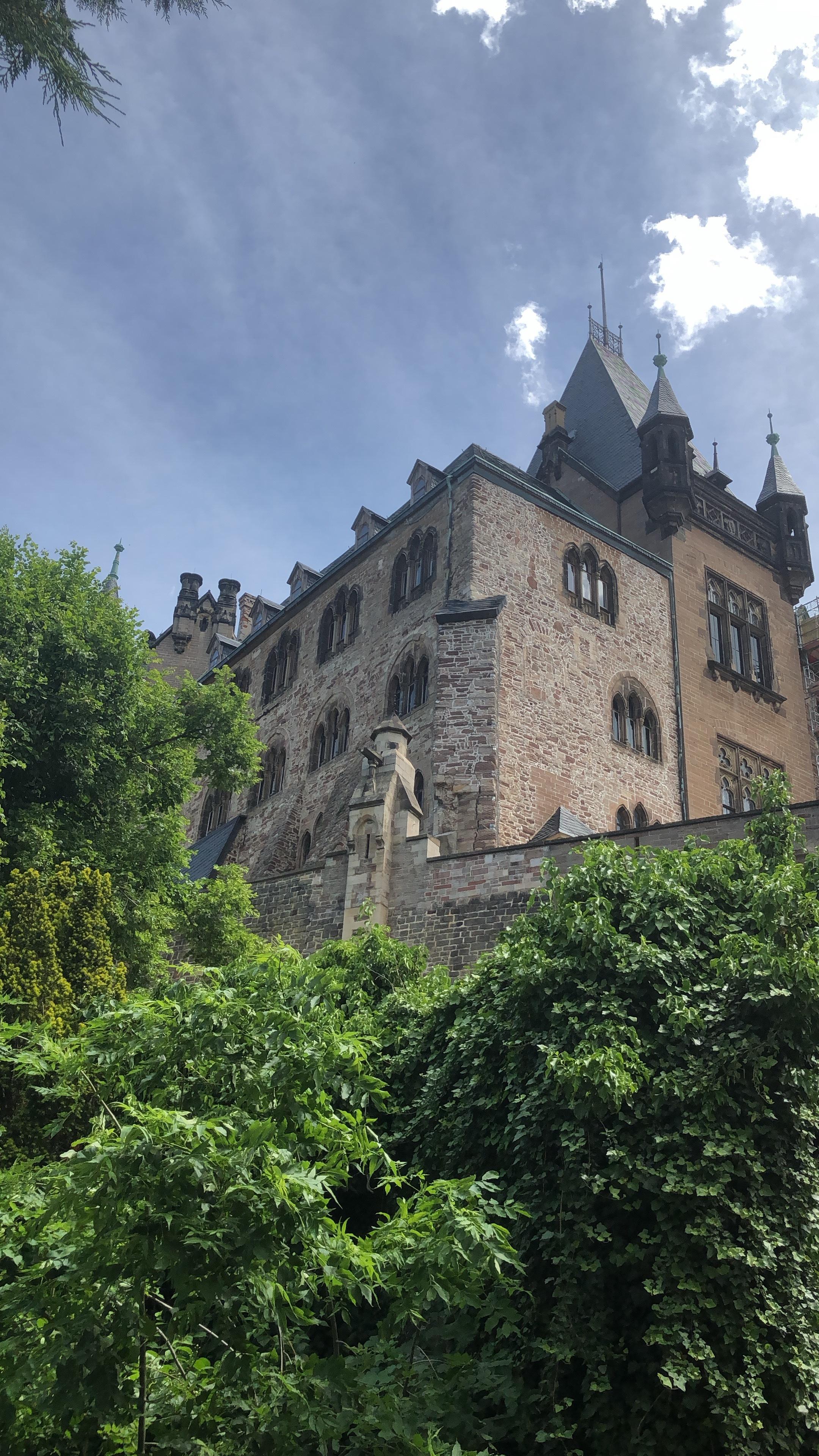 Teile des Schlosses stammen aus dem 12. Jahrhundert.  ©ADELSWELT