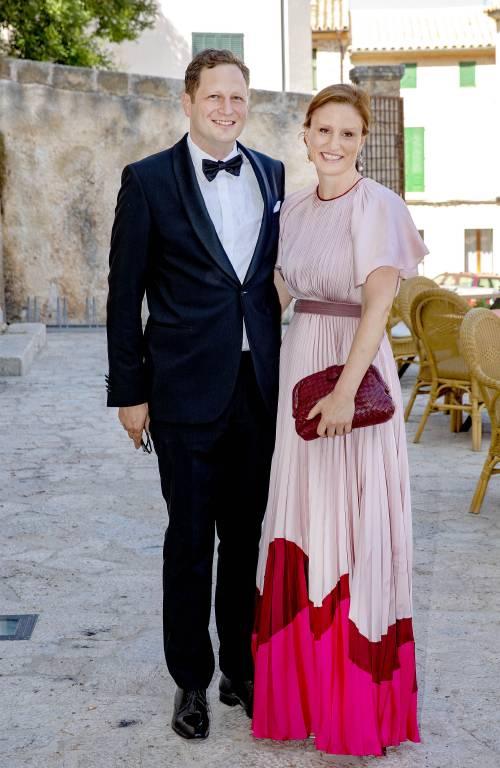 Prinz Georg Friedrich von Preußen und seine Frau Prinzessin Sophie reisten ebenfalls nach Mallorca, um den besonderen Tag des Brautpaares zu feiern.  ©Imago