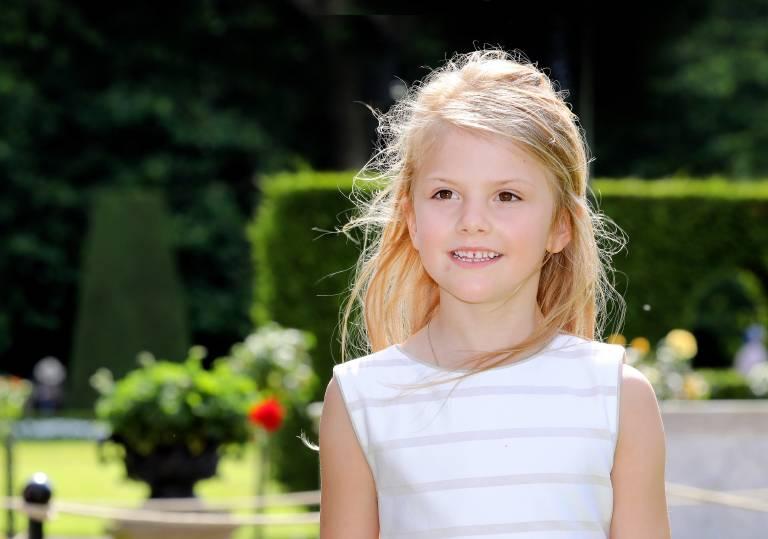 Prinzessin Estelle hört offenbar lieber Metal statt Kinderlieder.  ©imago images / PPE