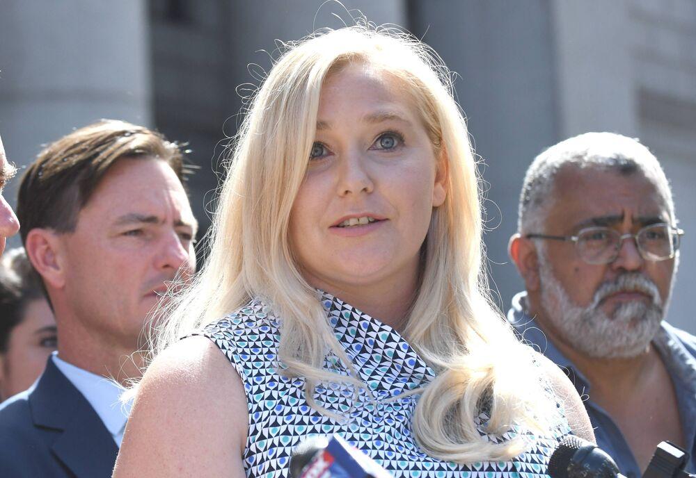 Virginia Roberts Giuffre und die anderen Frauen fordern Gerechtigkeit. Sie wollen das der Fall Epstein endlich aufgeklärt wird.  © imago images / UPI Photo