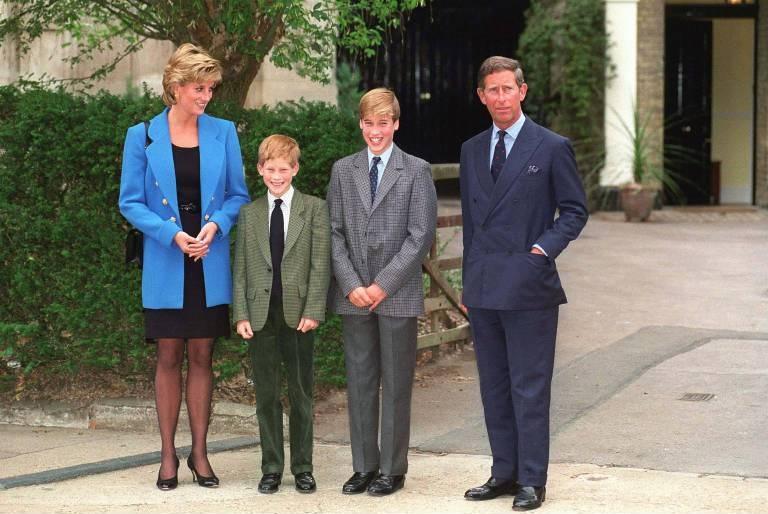 """Nach der Scheidung von Prinz Charles musste Prinzessin Diana auf die Anrede """"Ihre Königliche Hoheit"""" verzichten. Prinz William versprach seiner Mutter, ihr den Titel wiederzugeben, sobald er König sein würde.  © imago images / ZUMA Press"""