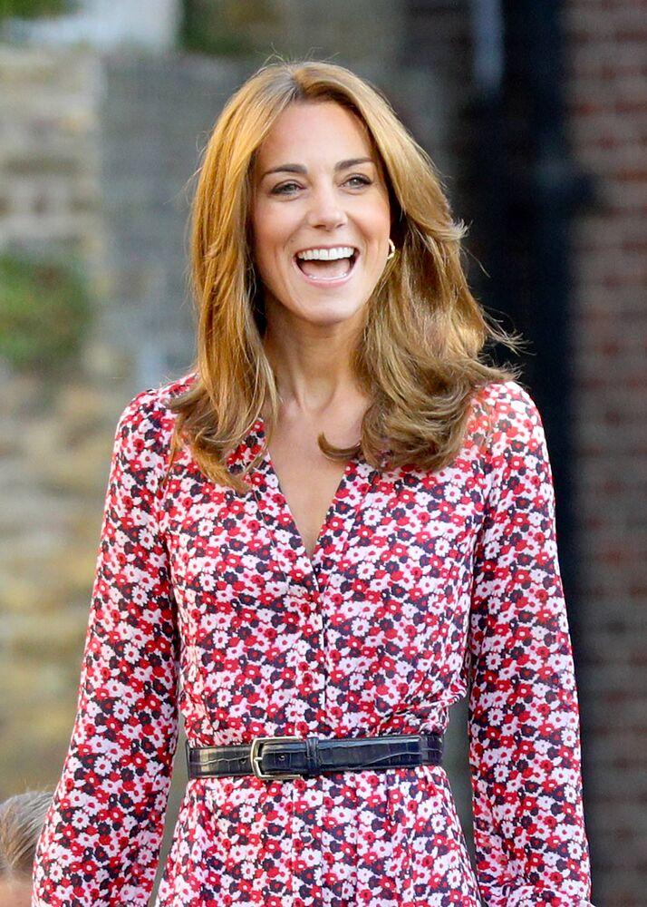 Der neue Look von Herzogin Kate sorgt bei Fans für Schwangerschafts-Spekulationen. © imago images / Starface