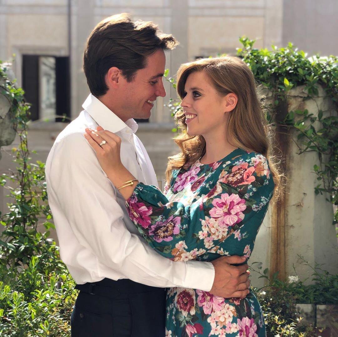 Prinzessin Beatrice und Edoardo Mapelli Mozzi schweben auf Wolke Sieben und wollen bald heiraten. © Princess Eugenie