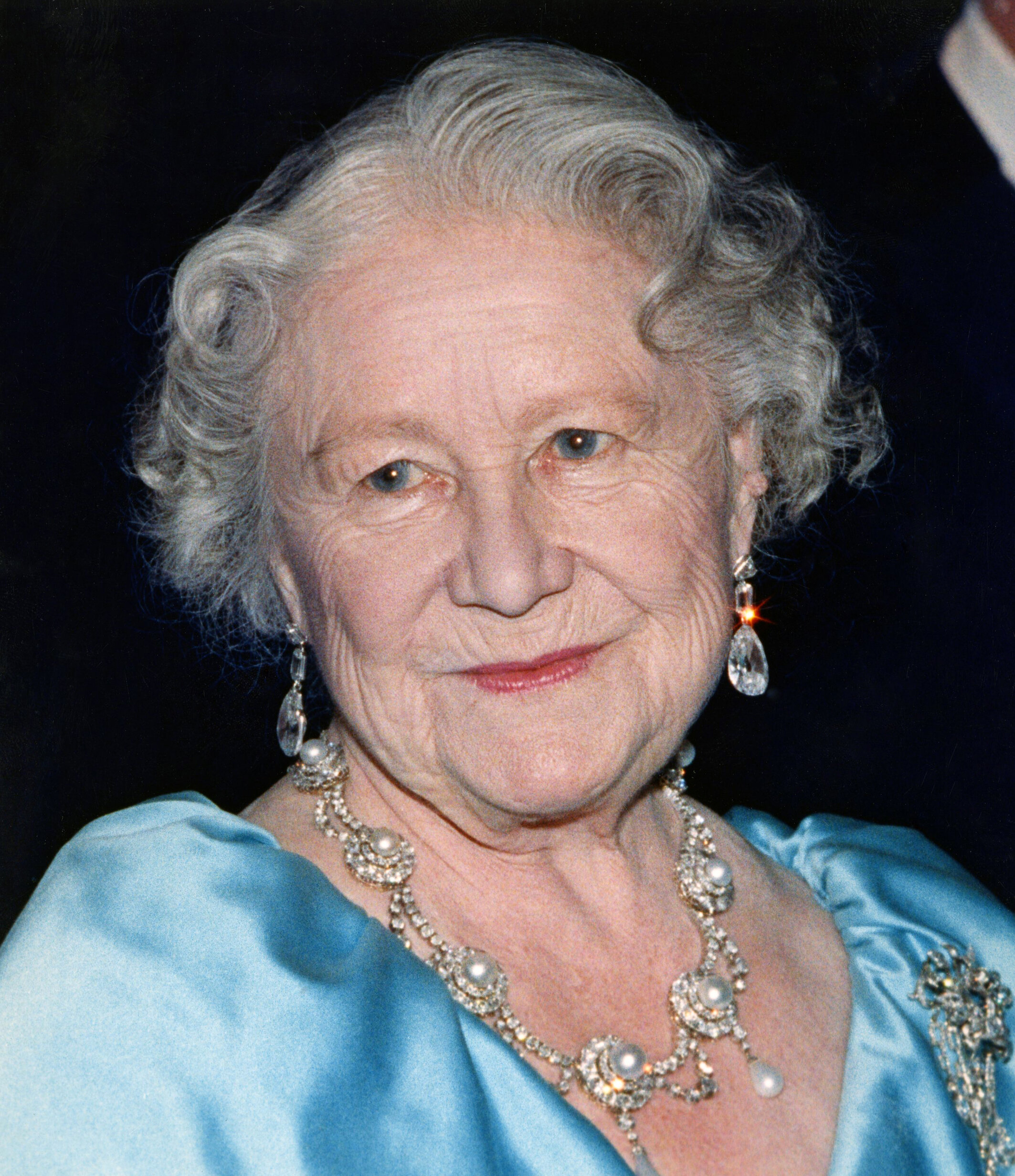 Queen Mum starb mit 101 Jahren an den Folgen einer Lungenentzündung.  © picture alliance / AP Images