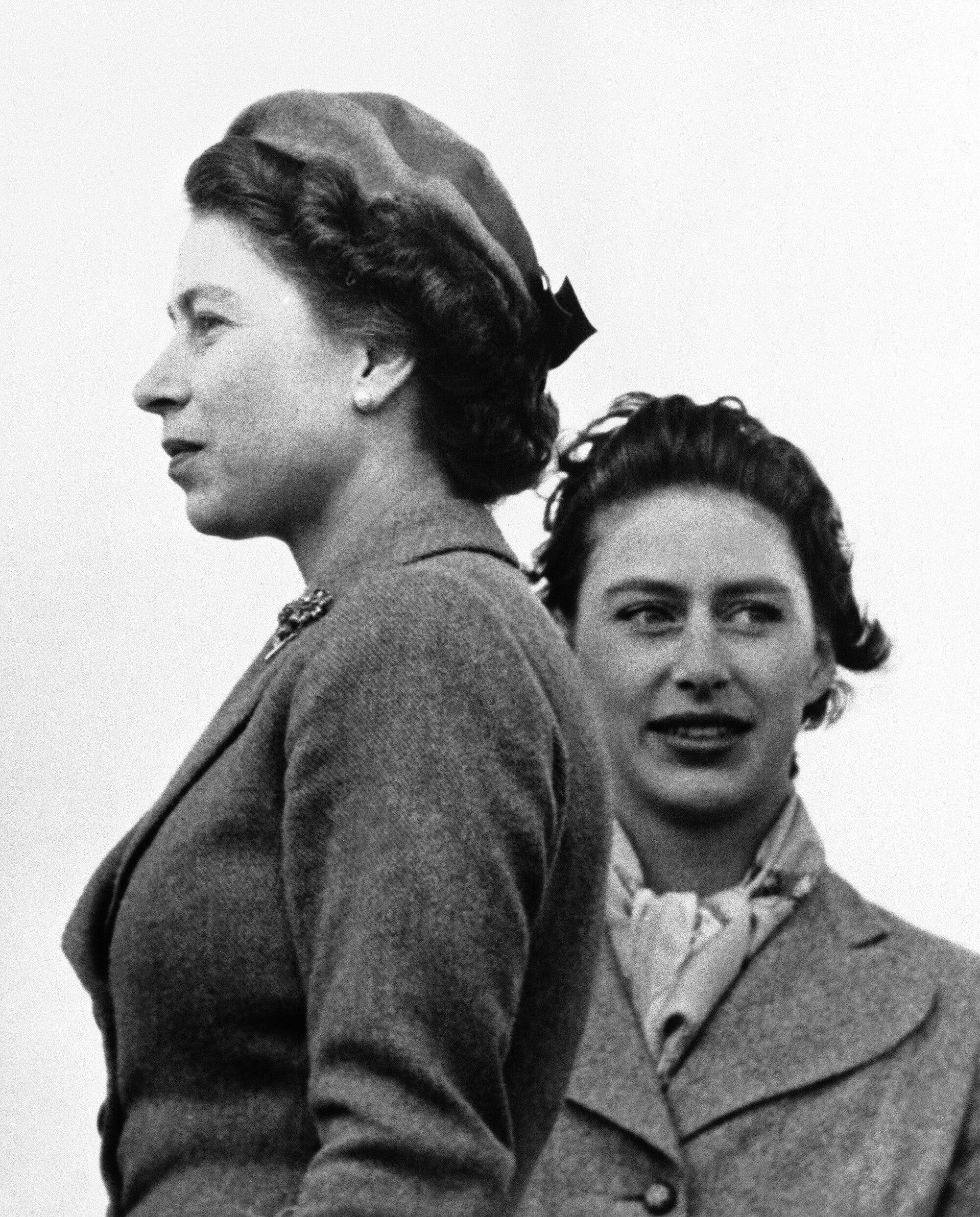 Prinzessin Margaret stand ein Leben lang im Schatten ihrer Schwester Queen Elizabeth.  © picture alliance / AP Photo